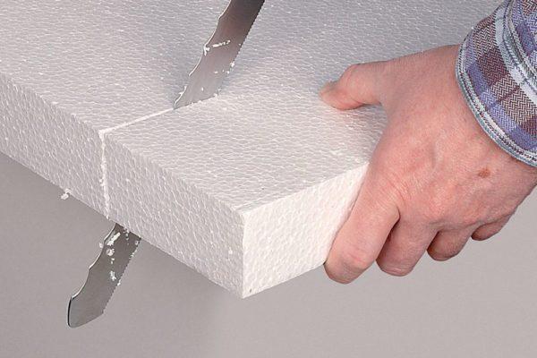 Нож для утеплителя очень удобен в работе и обеспечивает идеальное качество резки