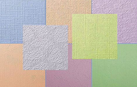 Ассортимент и цвет потолка из флизелиновых обоев обычно изобилует различными фактурами, за которыми можно легко скрыть мелкие неровности потолочного основания