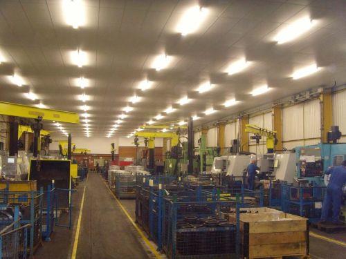 Оборудование на производстве натяжных потолков