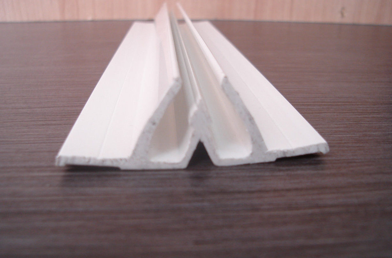 Образец разделительной ПВХ галтели для навесных потолков