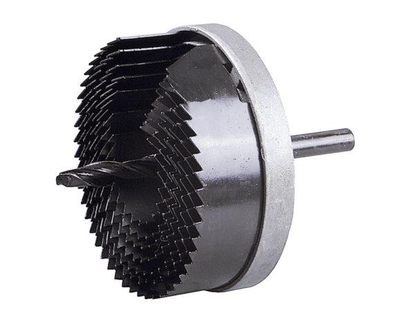 Один комплект коронок позволяет делать отверстия самых разных диаметров