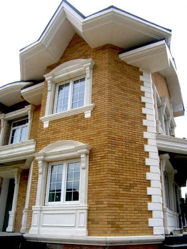 Оформление фасада дома пенопластом выглядит достаточно презентабельно