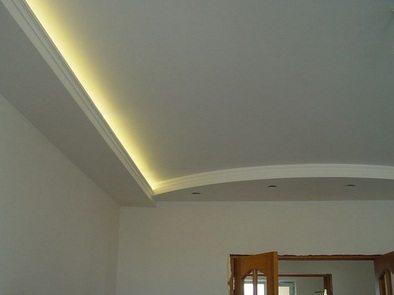 Poser corniche plafond video caen service travaux macif soci t wsobmc for Retouche peinture plafond
