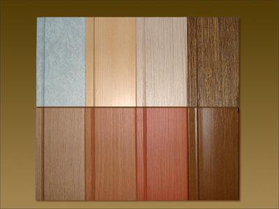 Ламинированные панели имеют ряд преимуществ: с их помощью можно сделать оригинальным свой интерьер в ванной.