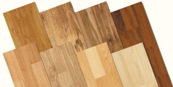 Планки с рисунком древесины.