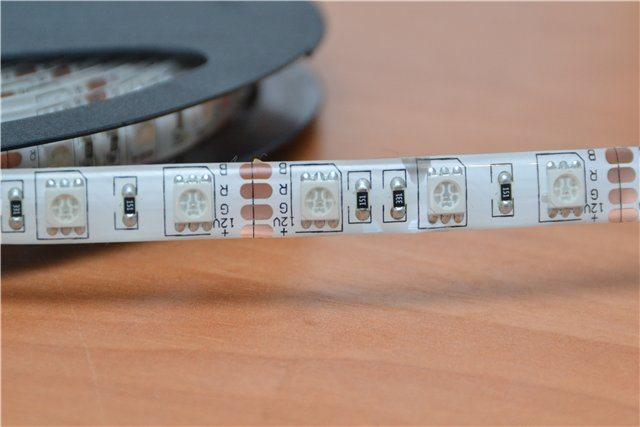 Светодиодная лента на самоклейке