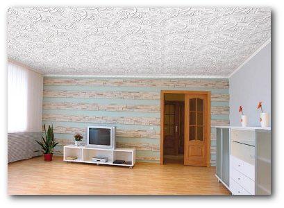 Потолок, отделанный бесшовной плиткой