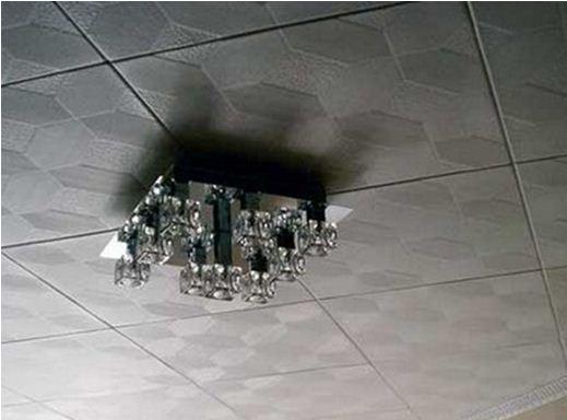 Плитка потолочная в квартире