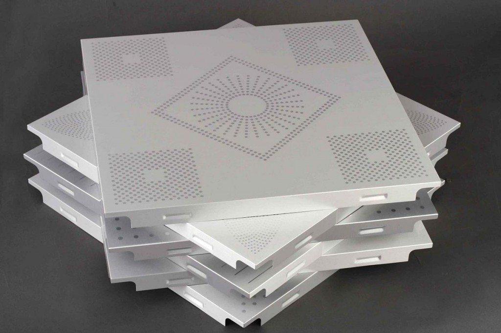 Алюминиевая потолочная плитка: практически вечный материал, пропускающий все звуки.
