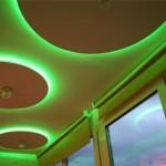 Подсветка потолка на балконе