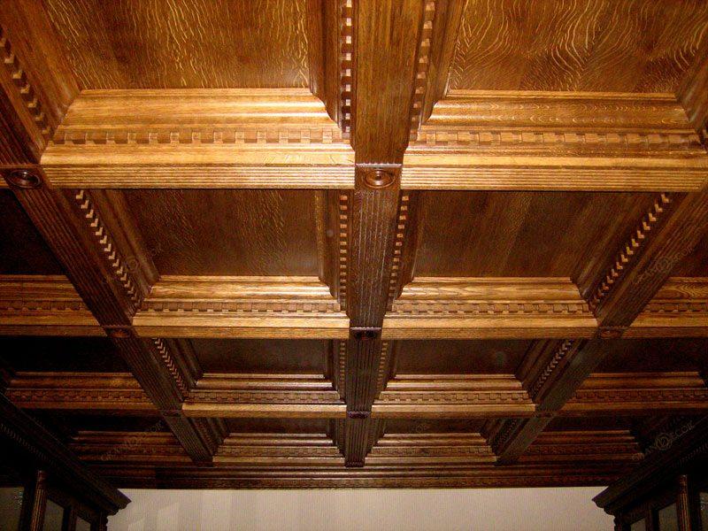 Согласитесь, такой потолок выглядит очень впечатляюще.