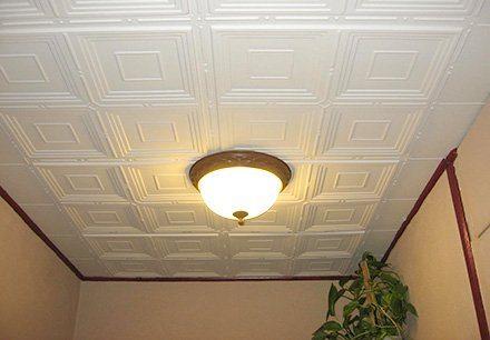 Декоративная потолочная плитка для кухни