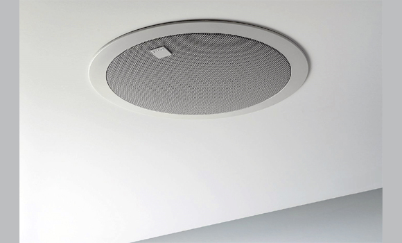 Встраиваемая в потолок акустика