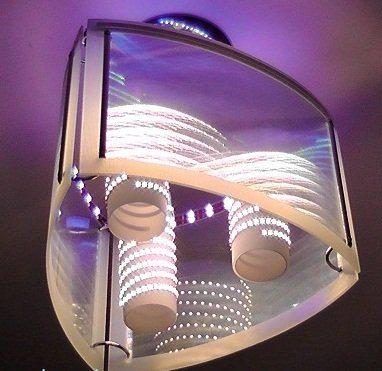 Оригинальный светильник из светодиодной ленты