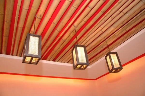 Бамбук на потолке