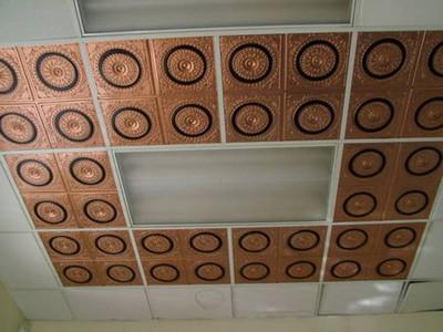 Панельный клеевой потолок