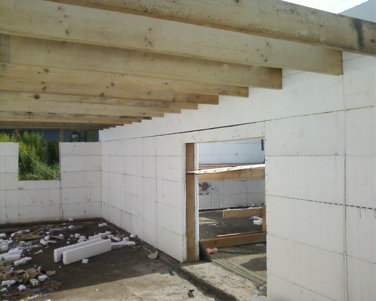 Потолок в газобетонном доме своими руками