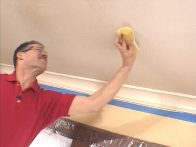 Желательно, чтобы потолок легко отмывался без ущерба для краски