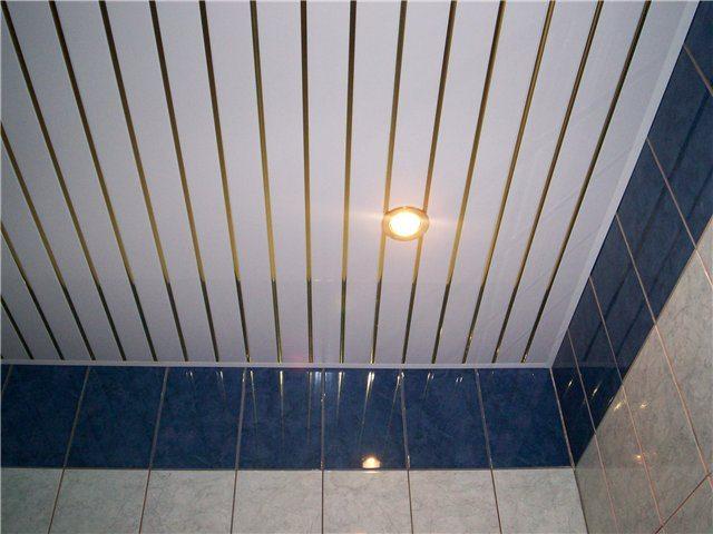 Пластиковый потолок – это, несомненно, практичное и оригинальное решение.