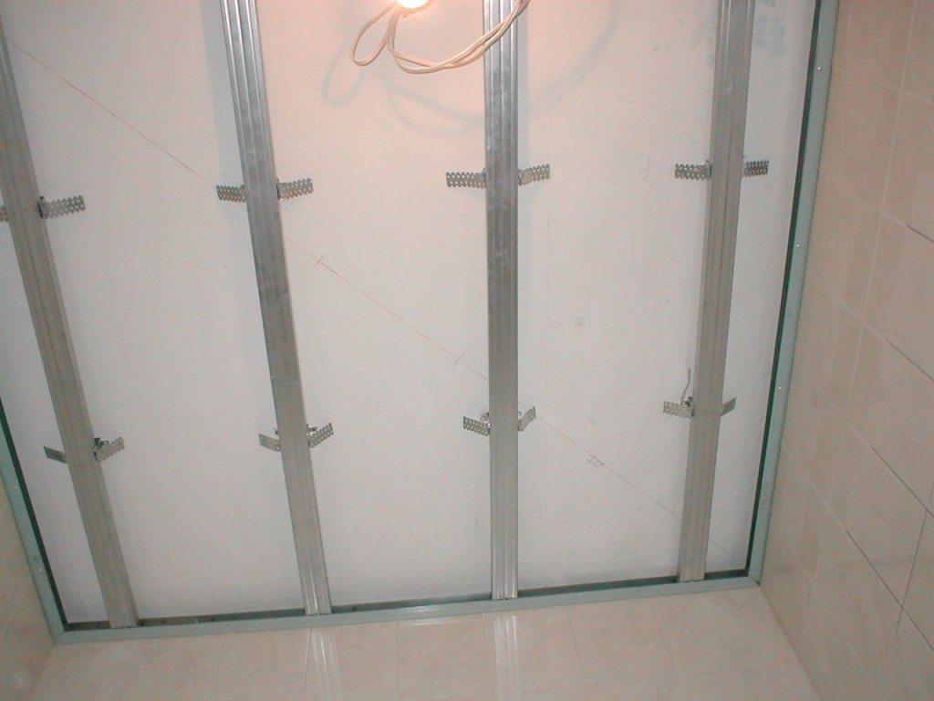 Металлический каркас для ПВХ панелей в ванной