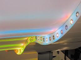 Потолок, выполненный в технологии «волна»
