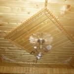 Пример потолка из вагонки