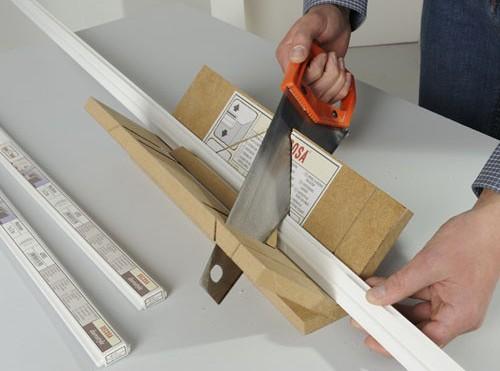 С помощью стусла можно сделать красивые соединения на углах