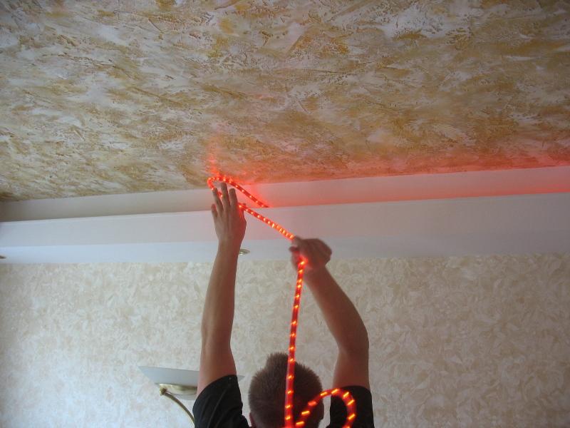 Натяжные потолки с подсветкой своими руками видео