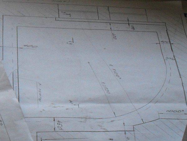 Чаще всего чертеж с точными размерами нужен для согласования проекта с заказчиком. При ремонте в своей квартире ограничиваются эскизом.