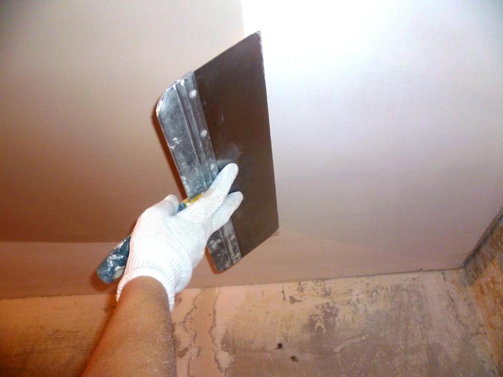 Шпатлевка стен по гипсокартону своими руками 55