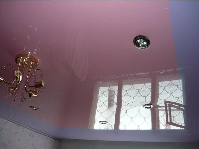 Сиреневый потолок натяжной с розовым – оригинально и необычно