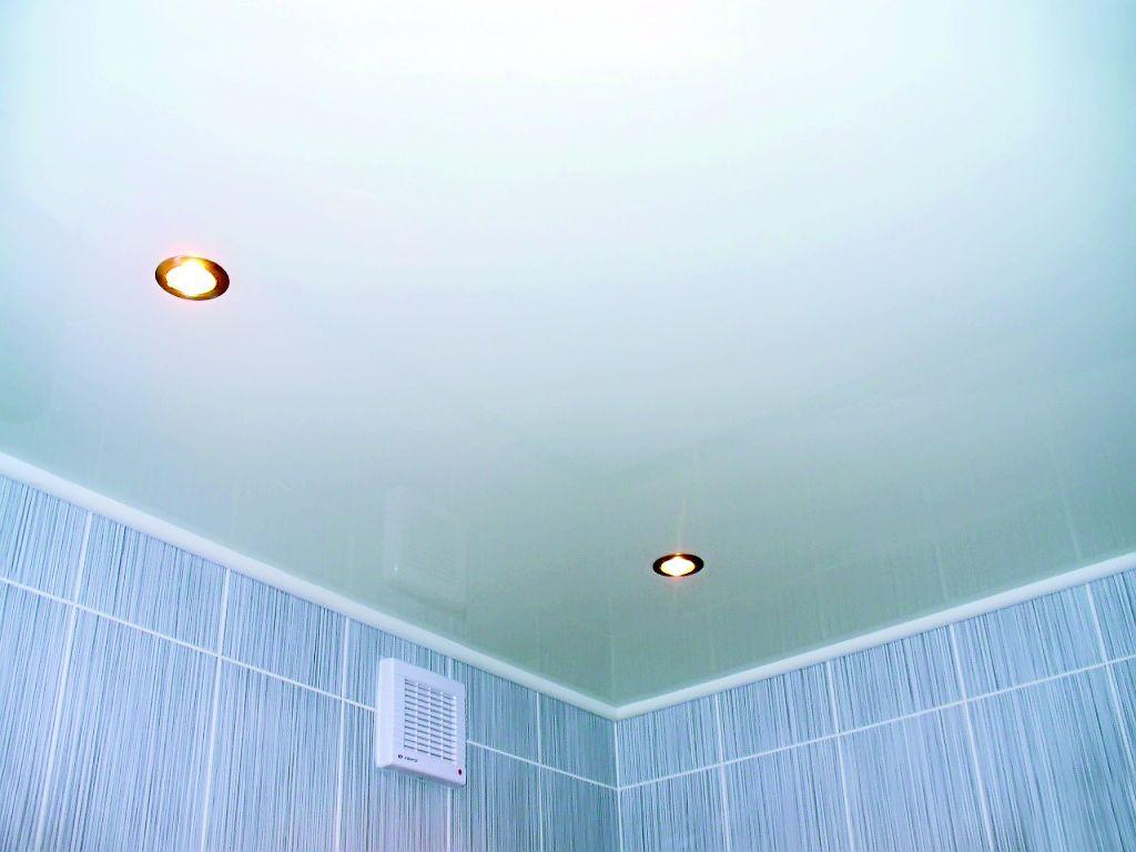 Какой потолок сделать в ванной комнате своими руками
