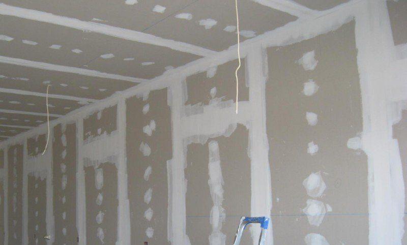 Гипсокартон на стенах и потолке