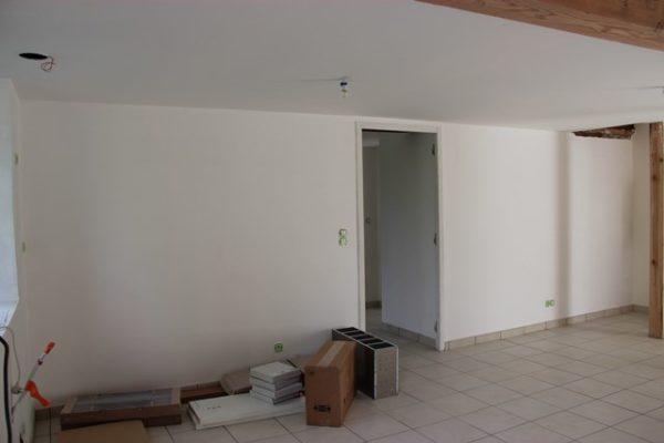 Стены и потолок, готовые к покраске