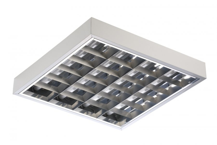 Вот именно такой светильник эффективен даже при высоте помещения в 5 метров.