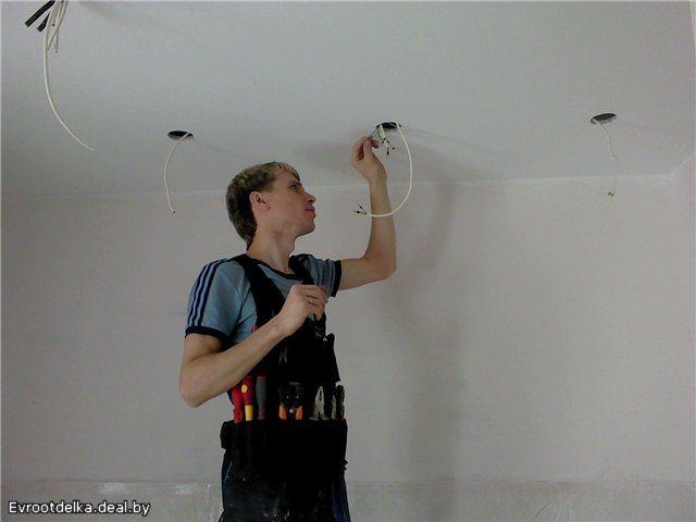 Отверстия в гипсокартоне для встраиваемых точечных светильников