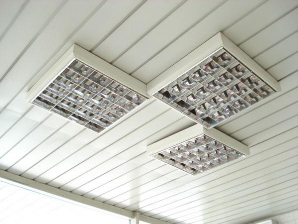 Светодиодные накладные растровые светильники