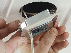 Монтаж точечного светодиодного светильника