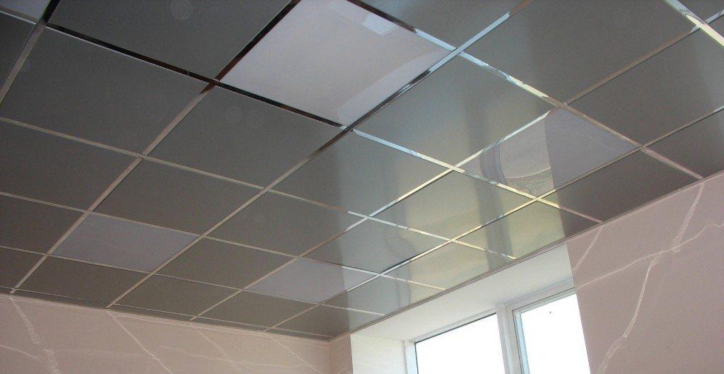 Так выглядит в интерьере смонтированный потолок Албес.