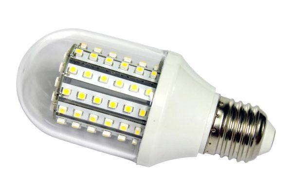 Такую лампочку можно вкручивать в стандартный патрон
