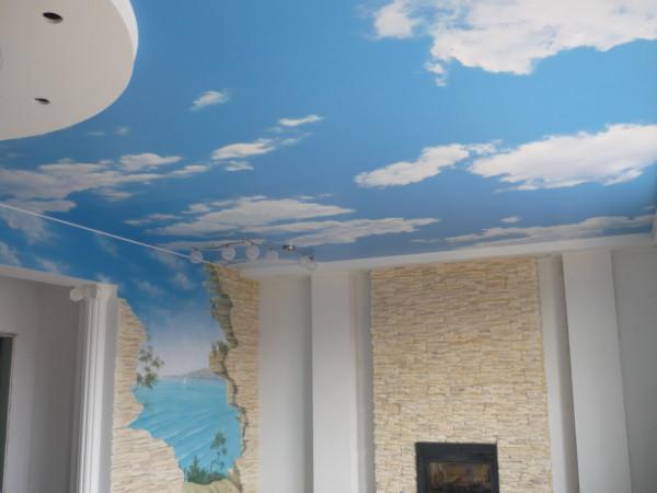 Бесшовные конструкции: натяжной тканевый потолок