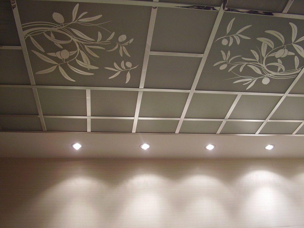 Кассетные потолки – долговечные и стильные, с богатыми декоративными свойствами