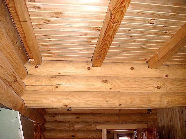 Ремонт потолка деревянного дома своими руками