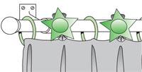 Вариант использования усиленного крепления штор с помощью дополнительных декоративных зажимов