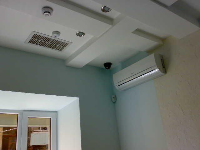 Наша цель - выяснить, какими бывают решетки для потолочной вентиляции.