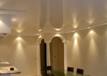 С точечными светильниками любая квартира приобретает привлекательный дизайн