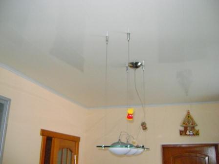 Вот что получится в результате. Нет, вопреки первому впечатлению, потолок не натяжной.