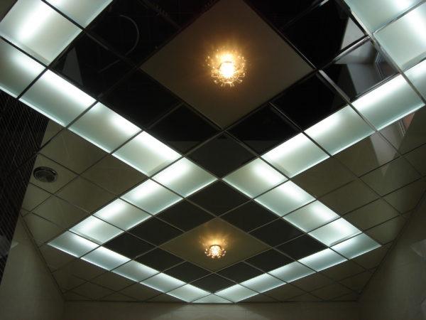 Встроенные светильники отлично дополняют собой общий дизайн